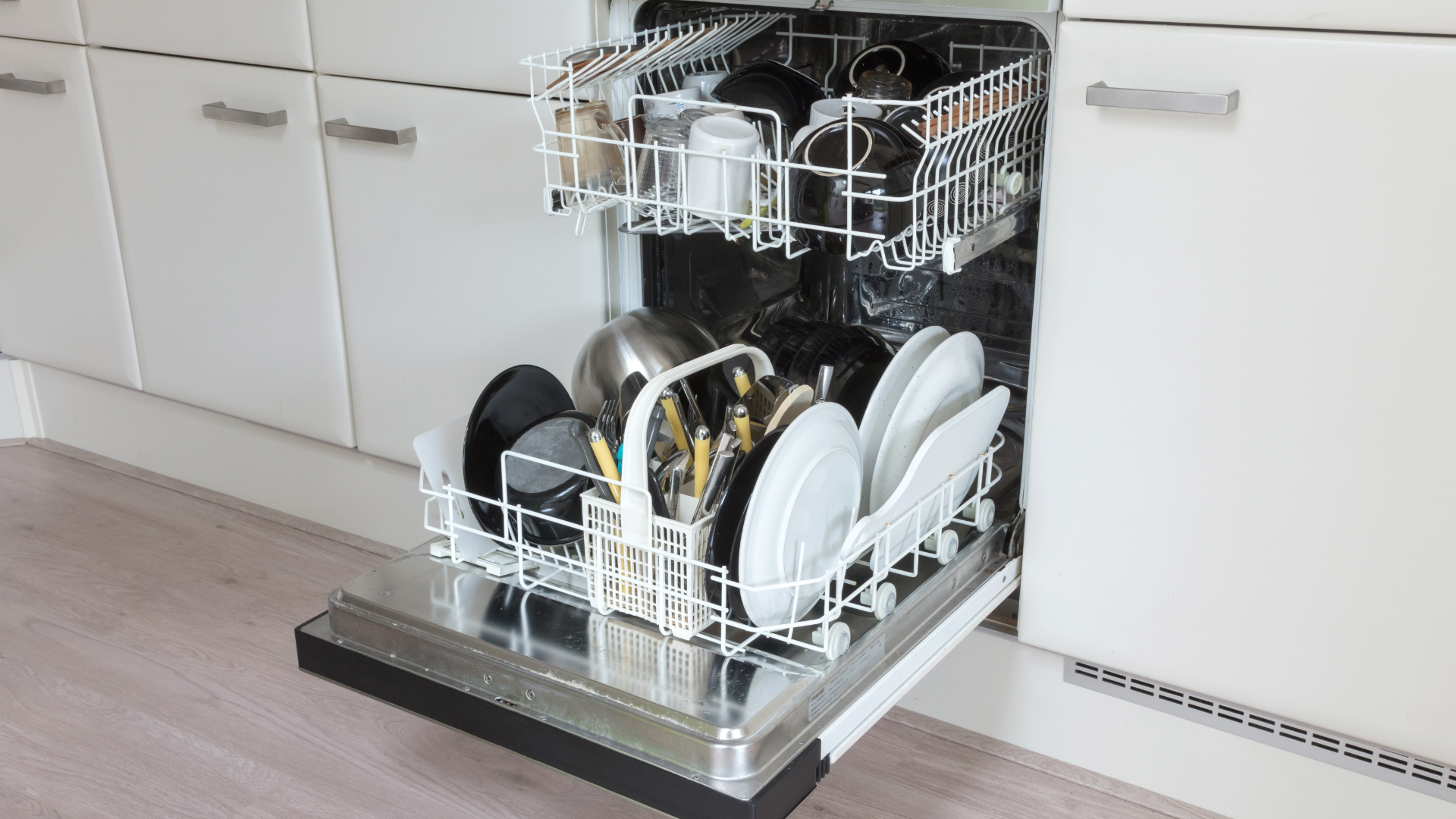 """Featured image for """"GE Dishwasher Not Draining? Here's Why"""""""