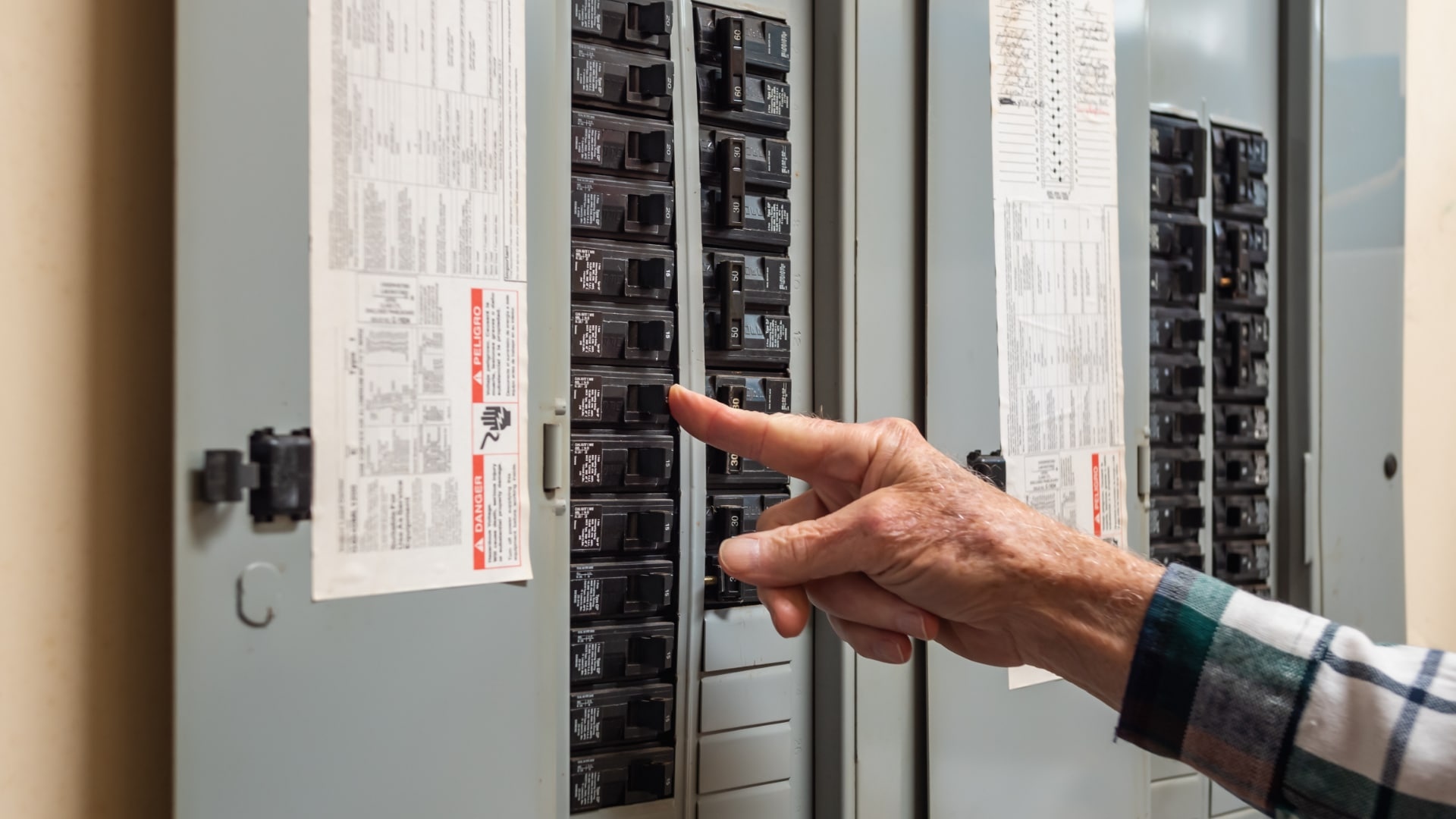 """Featured image for """"Dryer Keeps Tripping Breaker? Here's What to Do"""""""